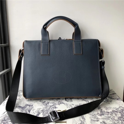 Hermes AAA Man Handbags #816127