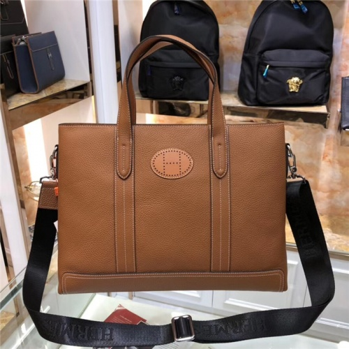 Hermes AAA Man Handbags #816139