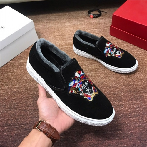 Versace Casual Shoes For Men #816284