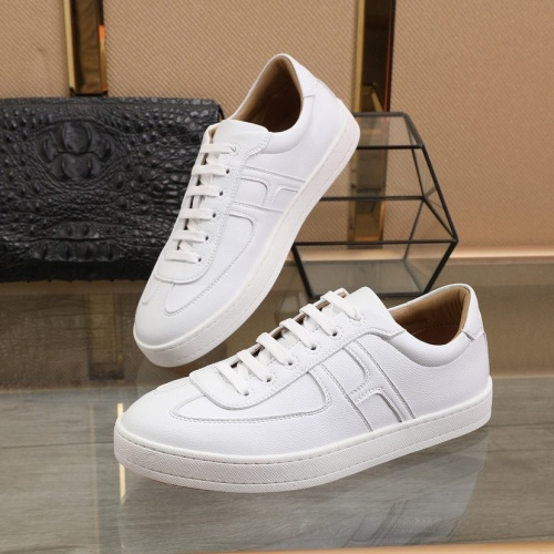 Hermes Casual Shoes For Men #816541