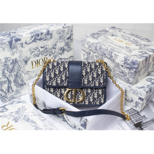 Christian Dior AAA Quality Messenger Bags For Women #816602