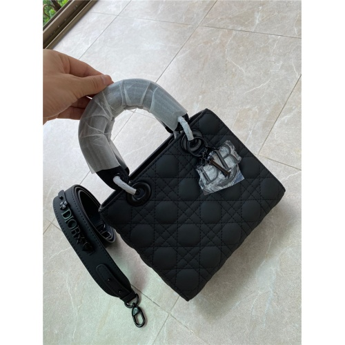 Christian Dior AAA Quality Messenger Bags For Women #816606