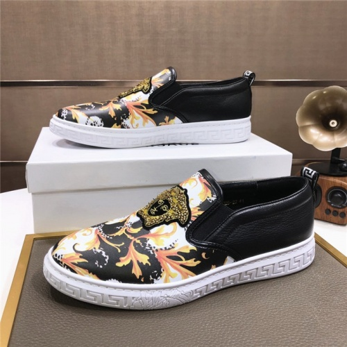 Versace Casual Shoes For Men #816724