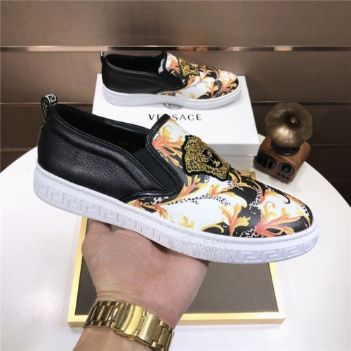 Replica Versace Casual Shoes For Men #816724 $80.00 USD for Wholesale