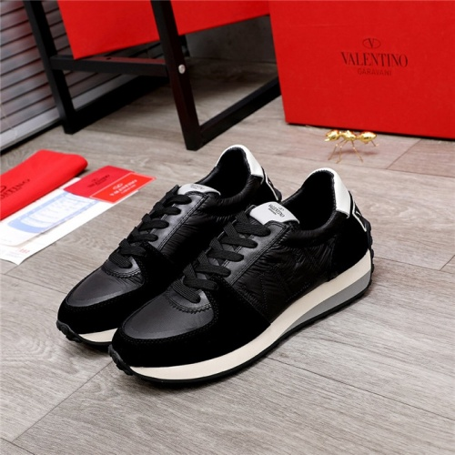 Valentino Casual Shoes For Men #817292