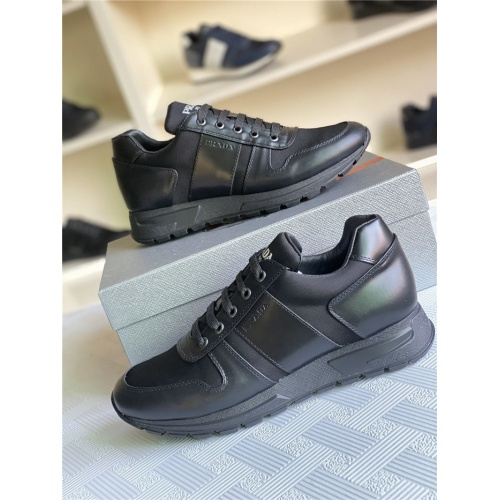 Prada Casual Shoes For Men #817331