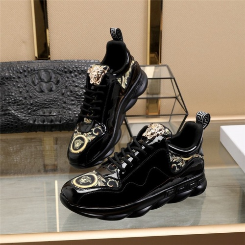 Versace Casual Shoes For Men #817364