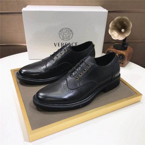 Versace Leather Shoes For Men #817562