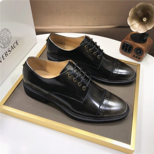 Versace Leather Shoes For Men #817563