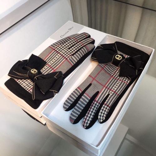 Christian Dior Gloves For Women #817832
