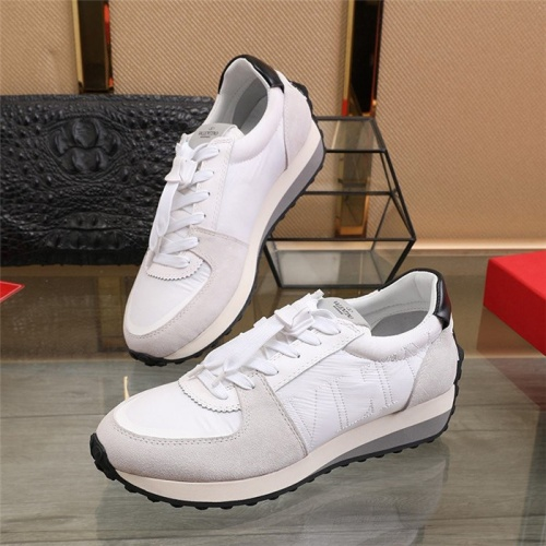 Valentino Casual Shoes For Men #817936