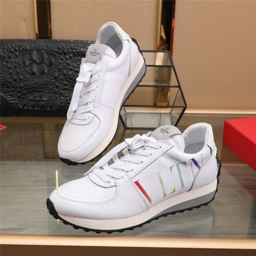Valentino Casual Shoes For Men #817938