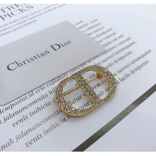 Christian Dior Brooches #817980