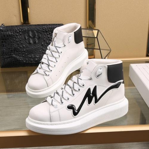 Alexander McQueen High Tops Shoes For Men #818275