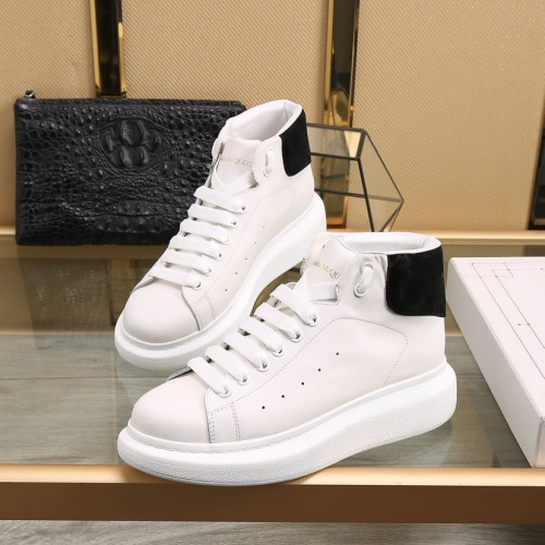 Alexander McQueen High Tops Shoes For Men #818277