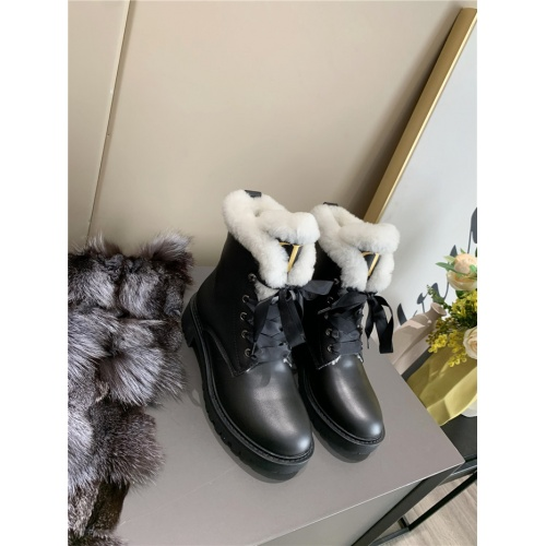 Christian Dior Boots For Women #818319