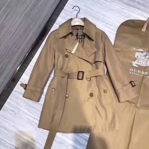Burberry Windbreaker Jacket Long Sleeved Polo For Women #818332