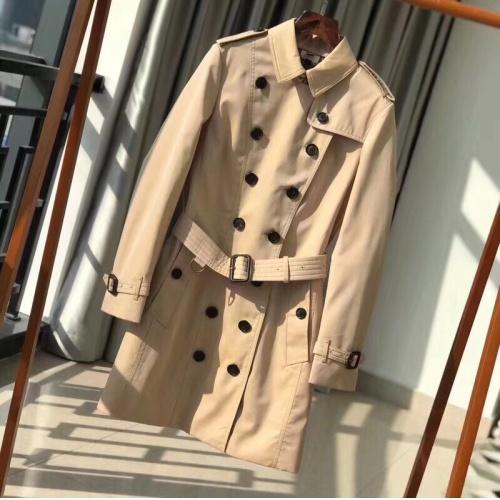 Burberry Windbreaker Jacket Long Sleeved Polo For Women #818347
