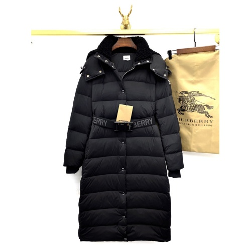 Burberry Down Feather Coat Long Sleeved For Women #818518