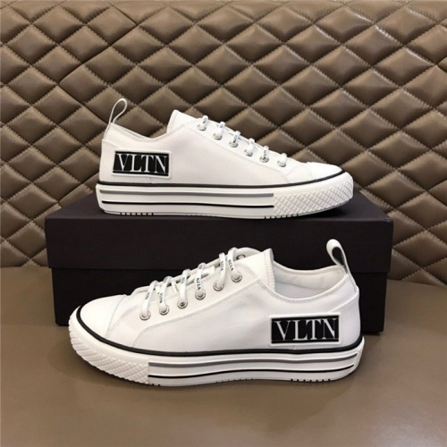 Valentino Casual Shoes For Men #818754