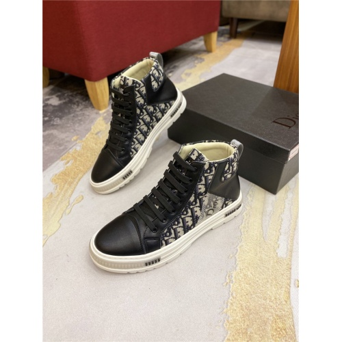 Christian Dior High Tops Shoes For Men #818778