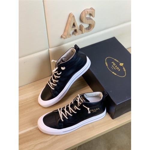 Prada Casual Shoes For Men #818986