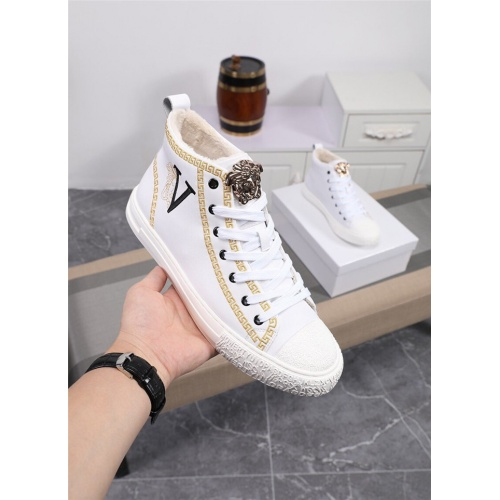 Versace High Tops Shoes For Men #818991