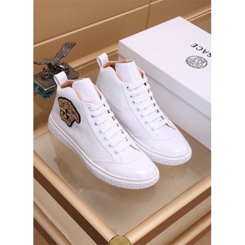 Versace High Tops Shoes For Men #819031