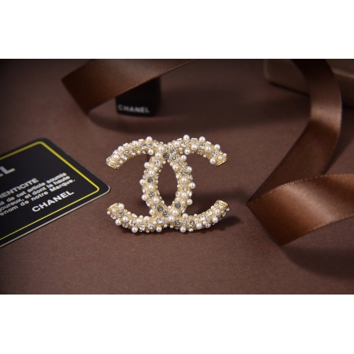 Chanel Brooches #819100