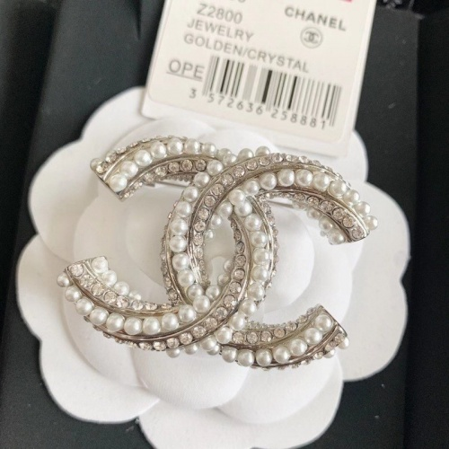 Chanel Brooches #819101