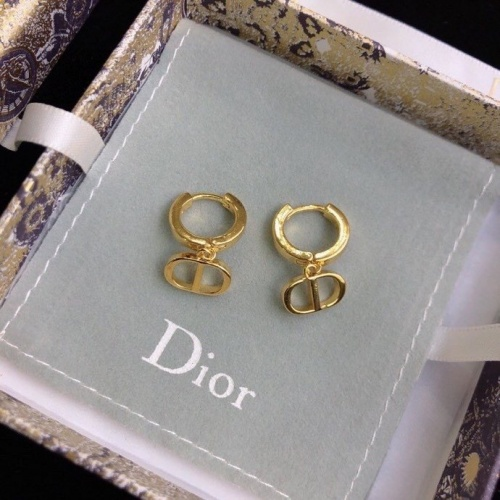 Christian Dior Earrings #819125