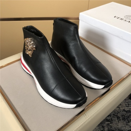 Versace High Tops Shoes For Men #819370