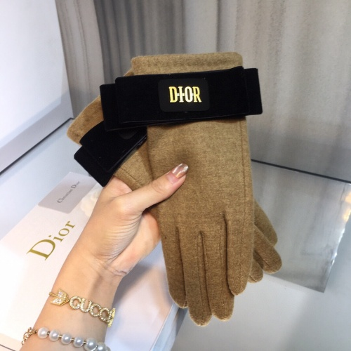 Christian Dior Gloves For Women #819553