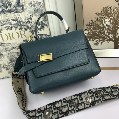 Christian Dior AAA Quality Messenger Bags For Women #819918 $98.00 USD, Wholesale Replica Christian Dior AAA Quality Messenger Bags