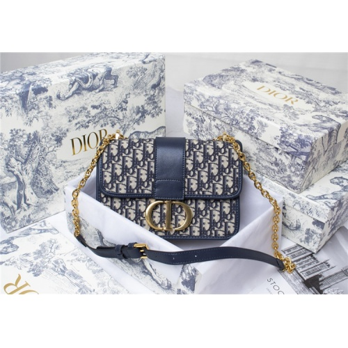 Christian Dior AAA Quality Messenger Bags For Women #819934