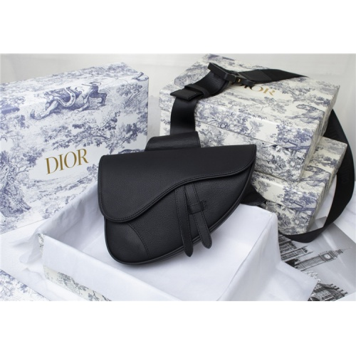 Christian Dior AAA Man Messenger Bags #819943