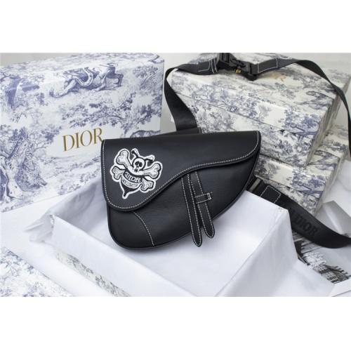 Christian Dior AAA Man Messenger Bags #819945