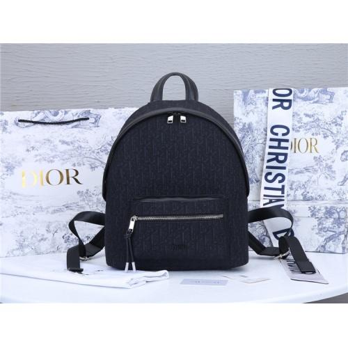 Christian Dior AAA Man Backpacks #819953