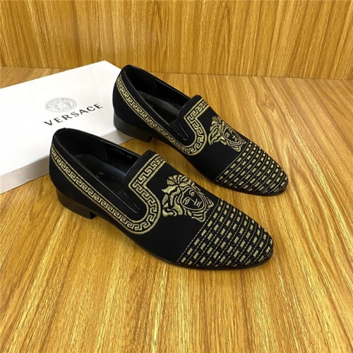 Versace Leather Shoes For Men #820074