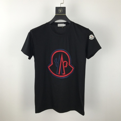 Moncler T-Shirts Short Sleeved O-Neck For Men #820322