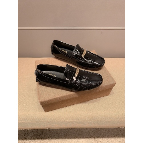 Versace Casual Shoes For Men #820335 $68.00 USD, Wholesale Replica Versace Casual Shoes