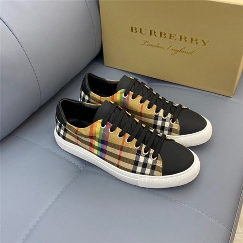 Burberry Casual Shoes For Men #820345