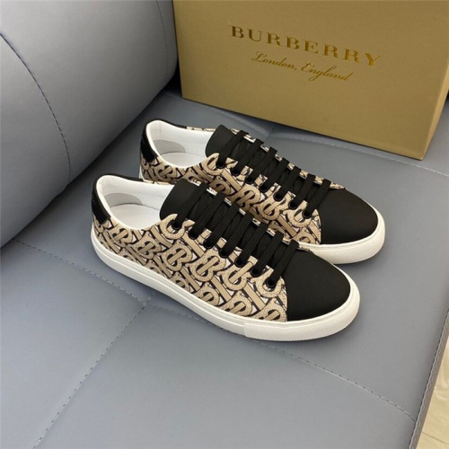 Burberry Casual Shoes For Men #820349