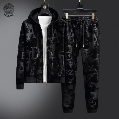 Versace Tracksuits Long Sleeved Zipper For Men #820432