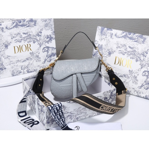 Christian Dior AAA Quality Messenger Bags For Women #820451