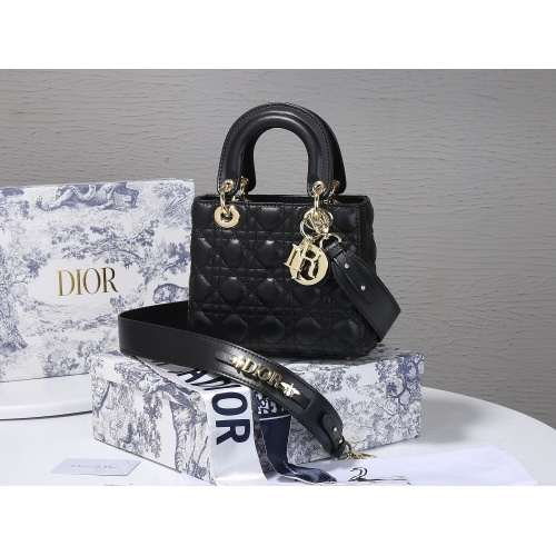 Christian Dior AAA Quality Messenger Bags For Women #820461