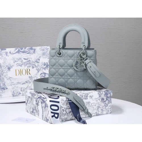 Christian Dior AAA Quality Messenger Bags For Women #820464