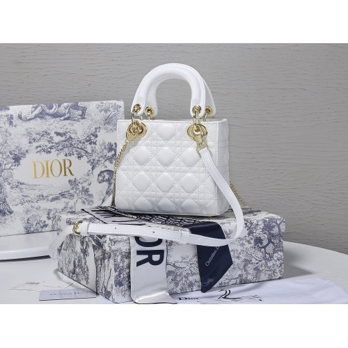 Replica Christian Dior AAA Quality Messenger Bags For Women #820472 $102.00 USD for Wholesale