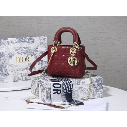Christian Dior AAA Quality Messenger Bags For Women #820473