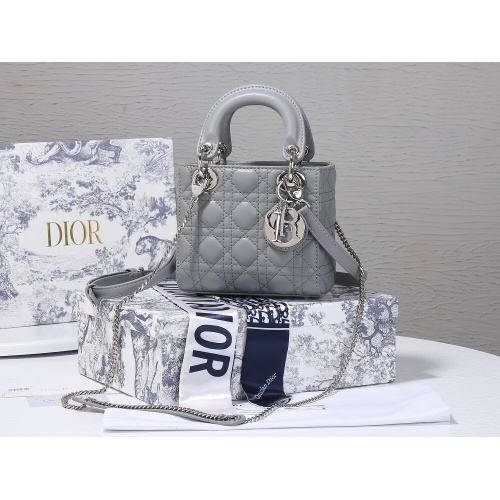 Christian Dior AAA Quality Messenger Bags For Women #820474